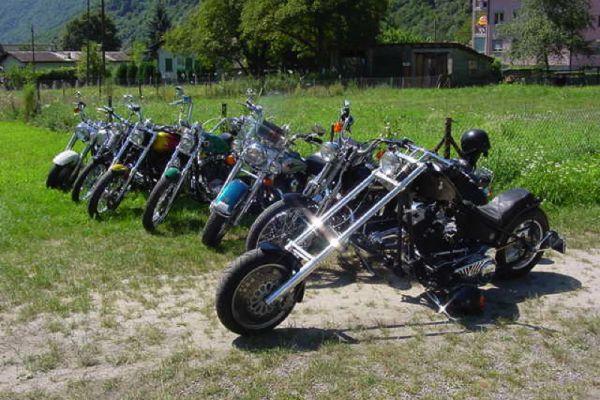 moto112E8D7B4-1A74-EE63-0897-D0859574AD1F.jpg