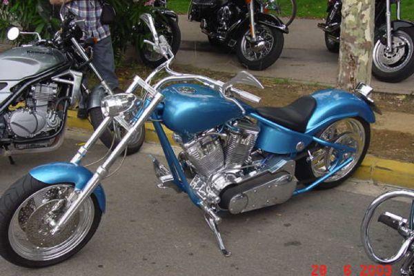 barcellona-2003-283E2560B9-835B-C100-8FB5-015510C6C66A.jpg